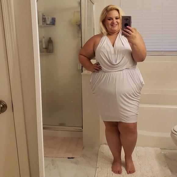 Dresses & Skirts - White slinky halter dress